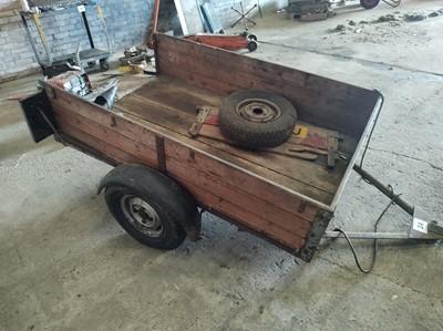Lot 24 - 2 Wheel Vehicle Trailer