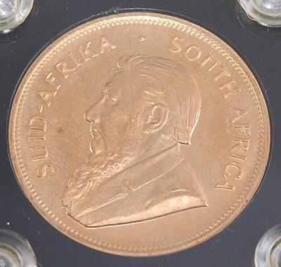 Lot South Africa, 1979 gold Krugerrand, obv;...