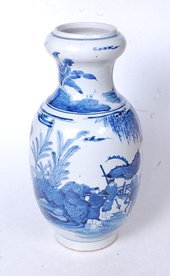 Lot 18 - A Chinese export blue and white vase, having...