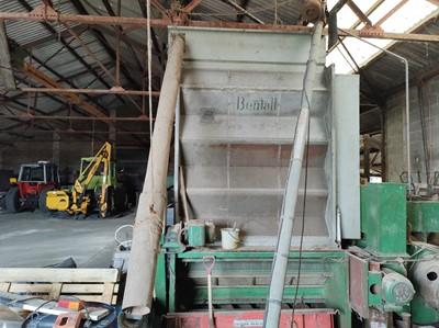 Lot 79 - Bentall Grain Dryer with Auger