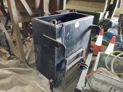 Lot 87 - McConnel Weight Box